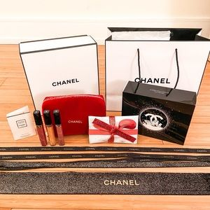 Chanel Holiday lip gift set & full packaging